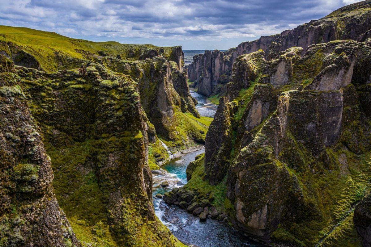 justin bieber canyon iceland