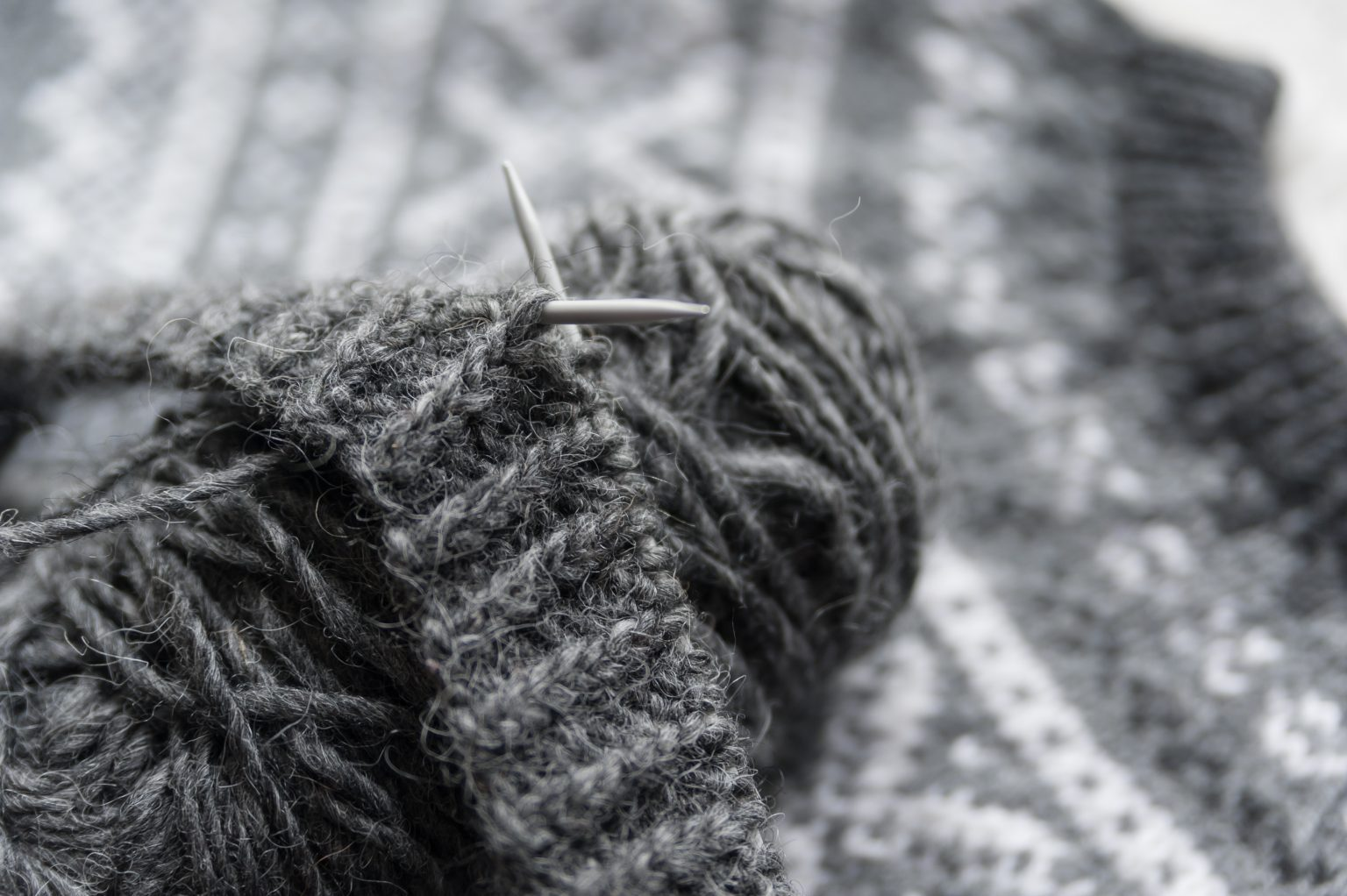 icelandic sweater knitted with icelandic wool yarn