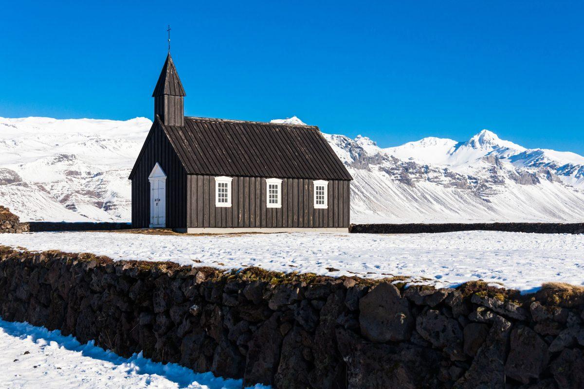 Búðakirkja Black church during winter