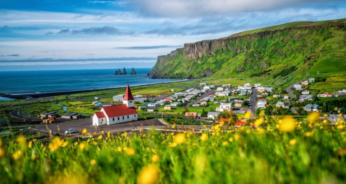 When is the best travel time for Iceland?