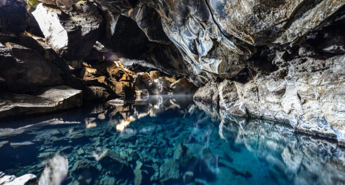 Grjótagjá Cave game of thrones hot spring iceland
