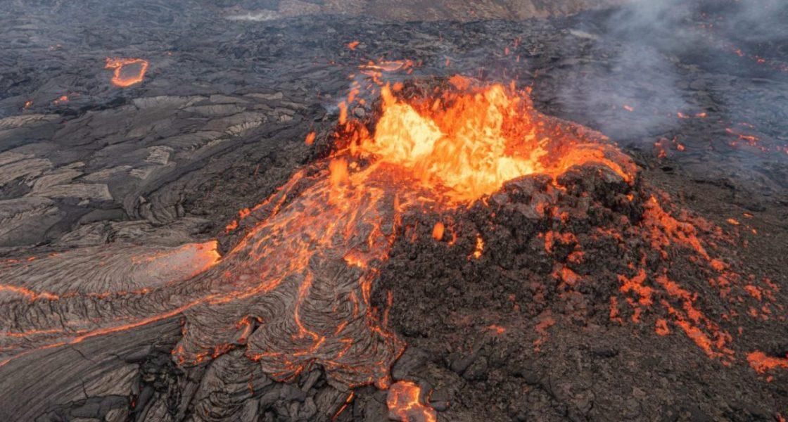 The impressive volcano Fagradalsfjall blowing lava